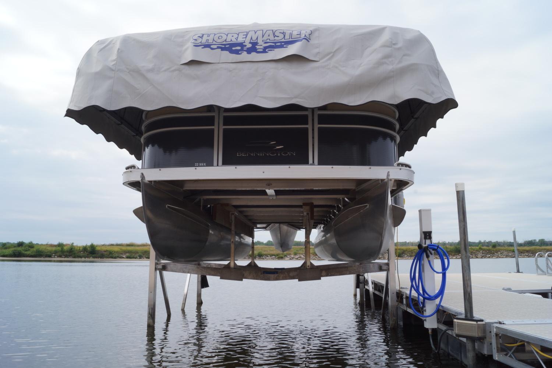 Shoremaster Boat Lift Odonnells Docks